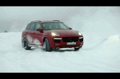 Walter Röhrl Tests Porsche Cayenne GTS And Turbo S On Ice: Video