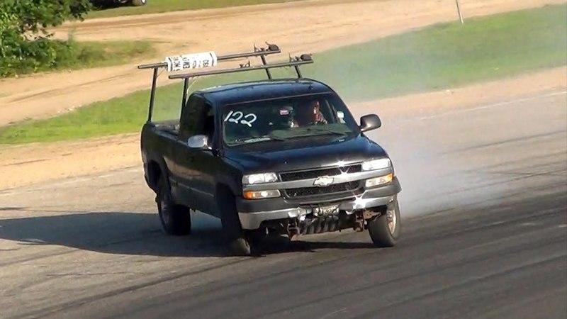 Chevy Silverado 2500HD Proves Work Trucks Can Drift