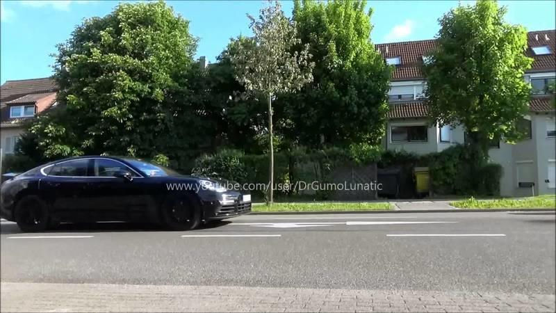 2018 Porsche Panamera Caught On The Road: Video