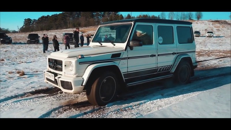 Watch an Older AMG G63 Prove Its Off-Road Dominance Against a VW Touareg and Lexus LX
