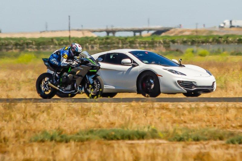 Video: Super Street Magazine Pits Kawasaki Ninja H2R Against Trio Of Supercars