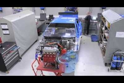 Time-lapse video of Mallock crew creating a touring car Chevrolet Cruze