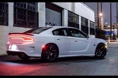 The Smoking Tire Gets Acquainted With The Dodge Charger Scat Pack: Video