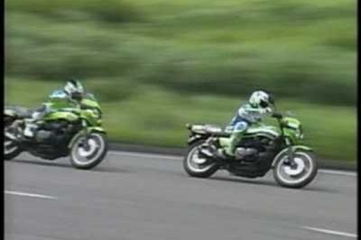 Kawasaki Z1000 and Z1100R, two modern classics in action