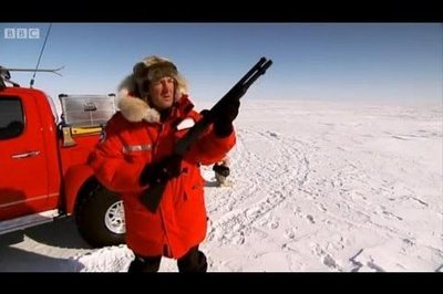 Video: Jeremey Clarkson drives Toyota Hilux in the North Pole