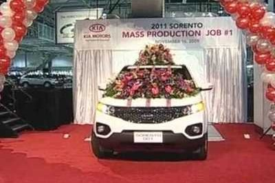 Kia celebrates first US-built vehicle