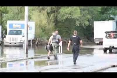 Video: Impromptu water-skiing draws the ire of the police