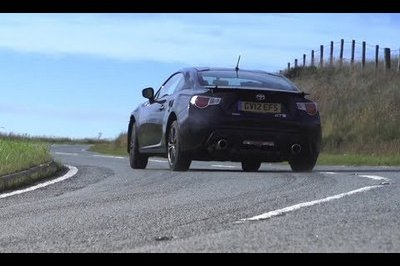 Chris Harris Pits the Toyota GT 86 Against a Nissan 370Z and Porsche Cayman S