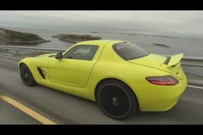 Video: Mercedes SLS AMG E-Cell caught testing
