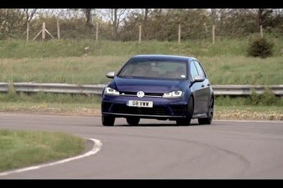 Video: Volkswagen Golf R vs BMW M235i