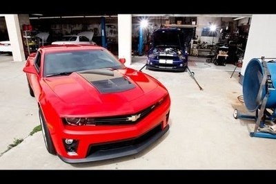 Video: Ford Mustang Shelby GT500 vs Chevrolet Camaro ZL1 Dyno Comparison