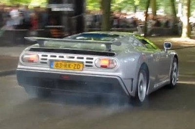 Video: Bugatti EB 110 performs wicked burnout