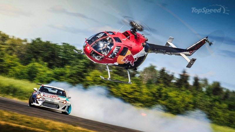 Helicopter Vs Drifting Toyota GT86: Video