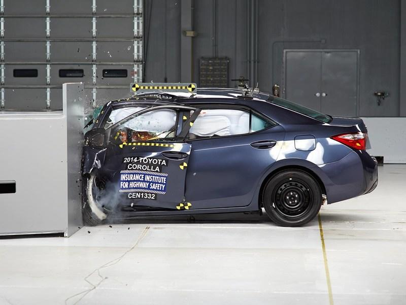 2014 Toyota Corolla Ranks 'Marginal' In IIHS Crash Test
