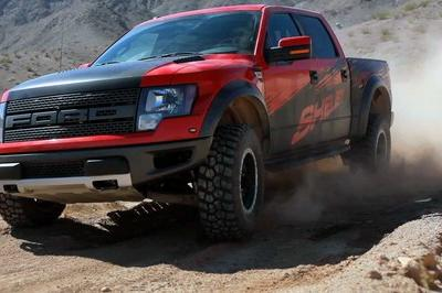 Video: The 2013 Shelby Ford F-150 SVT Raptor Gets a Nice Workout From Motor Trend
