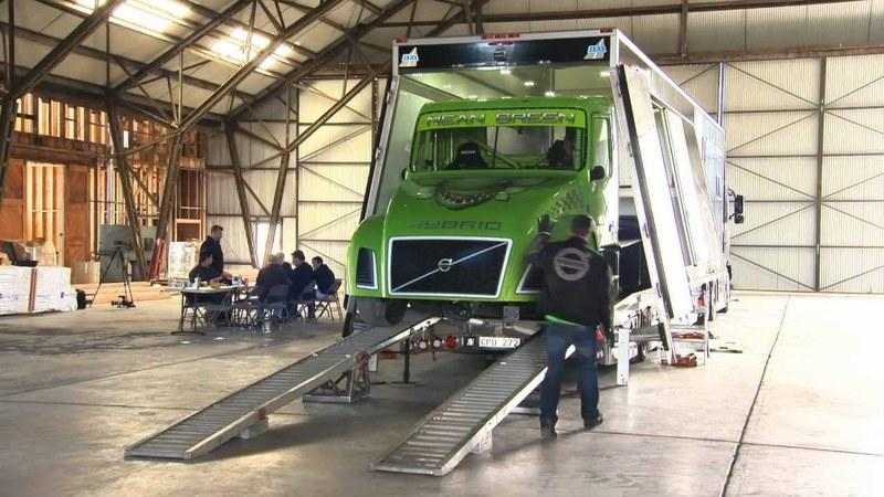 Volvo Mean Green hybrid truck sets a new world speed record