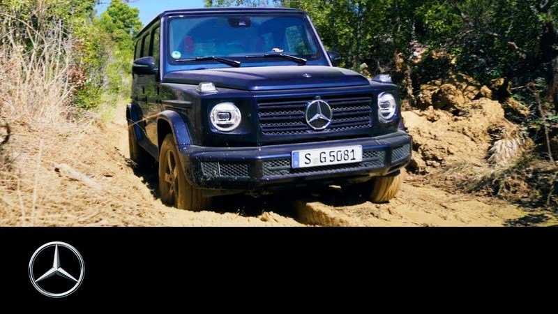 How Do You Drive a 2019 Mercedes G-Class Though Mud?