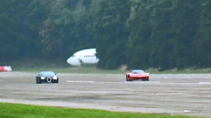 Bugatti Veyron Vs Ferrari LaFerrari Drag Race: Video