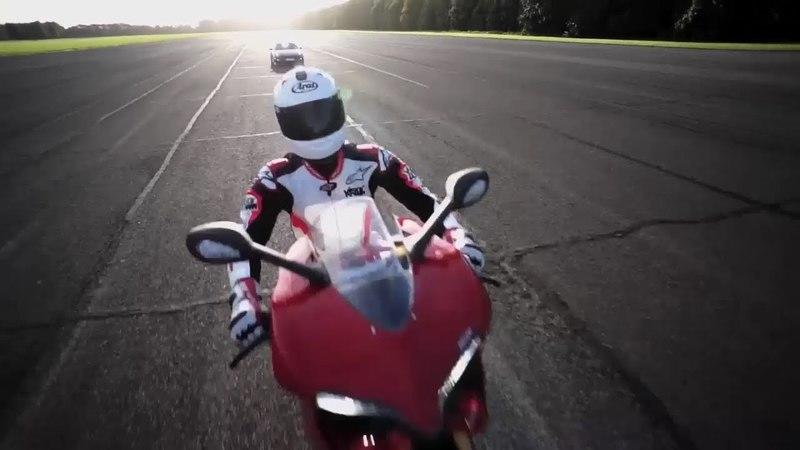 Video: Porsche 911 GT2 RS vs Ducati 1199 Panigale