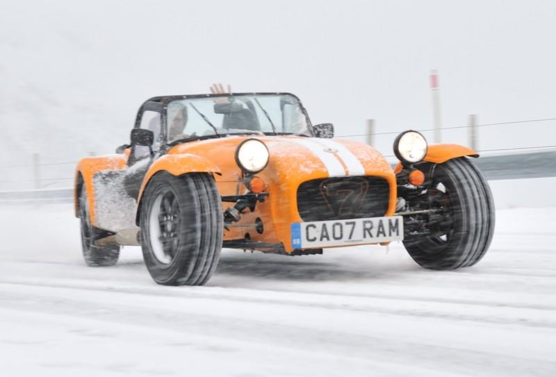 Video: EVO drives open-top Caterham Supersport in the snow