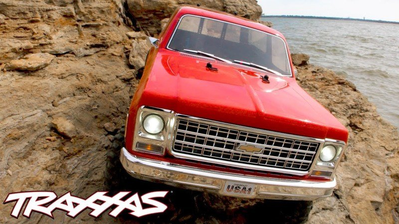 This RC Chevy Blazer From Traxxas Is a Gift We'd Make To Ourselves