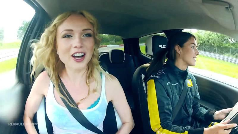 A Renault Twingo R.S., a Fish and a Cute Blonde Passenger Equals a Crazy Commercial