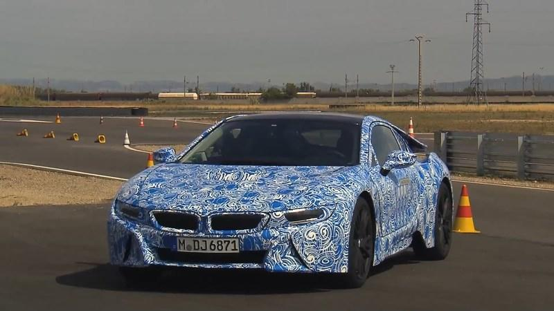 Video: Lucky Journalists get a First-Hand Look at a BMW i8 Test Session