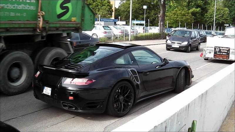Video: Barely Disguised Porsche 911 Turbo Caught Testing