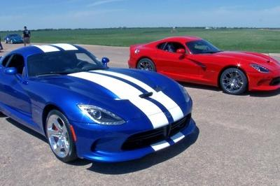 Video: Two 2013 SRT Vipers go Head to Head