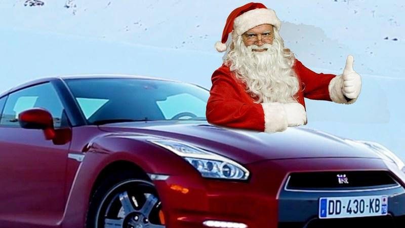 Santa Spotted in London Spreading Cheer in a GT-R