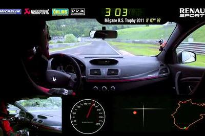 Renault Sets 7:54 Record At Nurburgring
