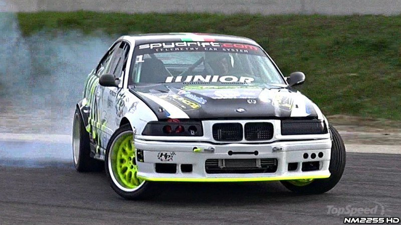 600 HP BMW M3 E36 Knows How To Drift: Video