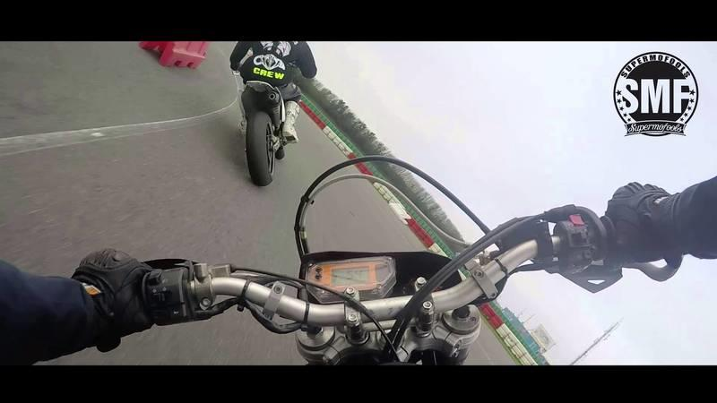 Video: Husaberg FE570 vs KTM 640 LC4