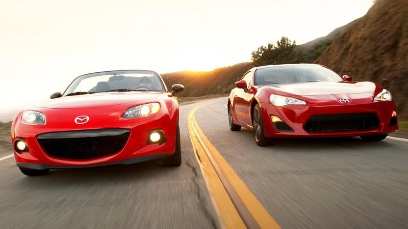 Video: 2013 Scion FR-S and 2013 Mazda MX-5 Club Head to Head