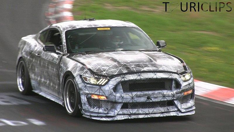 2016 - 2017 Ford Shelby GT350 Mustang
