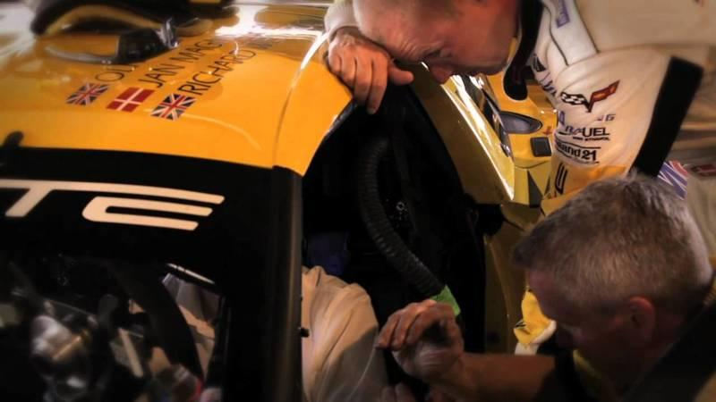 Video: Chevrolet Racing
