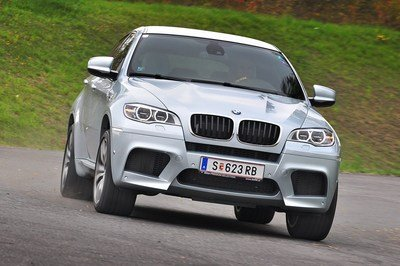Video: Unleashing the Fury of a BMW X6-M