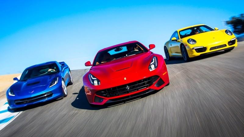 Video: Porsche 911 Carrera 4S vs Corvette Stingray vs Ferrari F12berlinetta