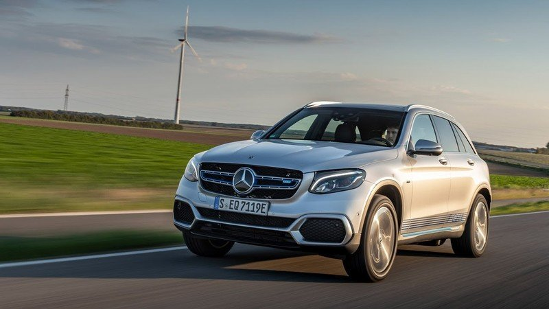 The Mercedes GLC F-Cell is Actually a Viable Alternative to Gasoline-Powered Vehicles