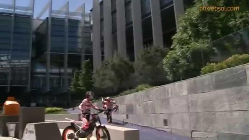 Video: Repsol Honda Trials Team Showcases Skills In Front Of Repsol Employees
