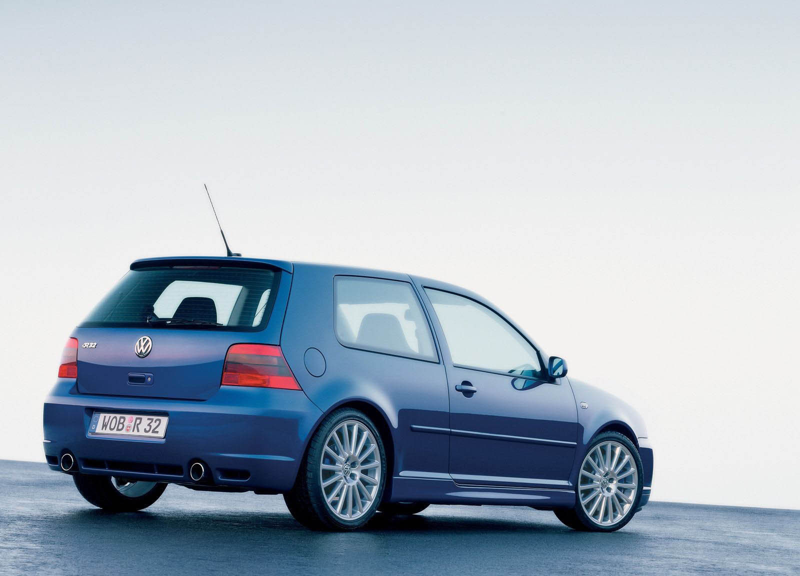 2003 volkswagen golf r32 picture 17019 car review top speed. Black Bedroom Furniture Sets. Home Design Ideas