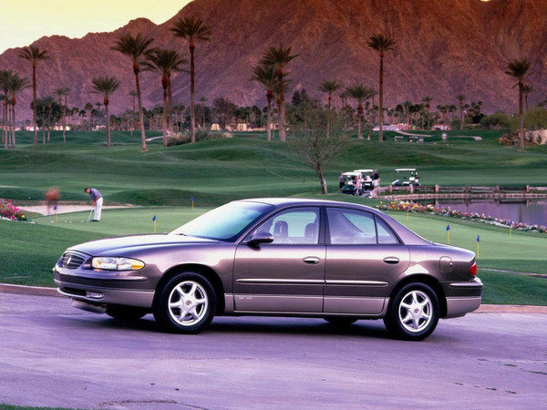 2004 Buick Regal Review - Gallery