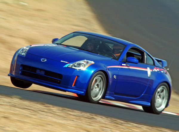 2004 nissan 350z r tune car review top speed. Black Bedroom Furniture Sets. Home Design Ideas