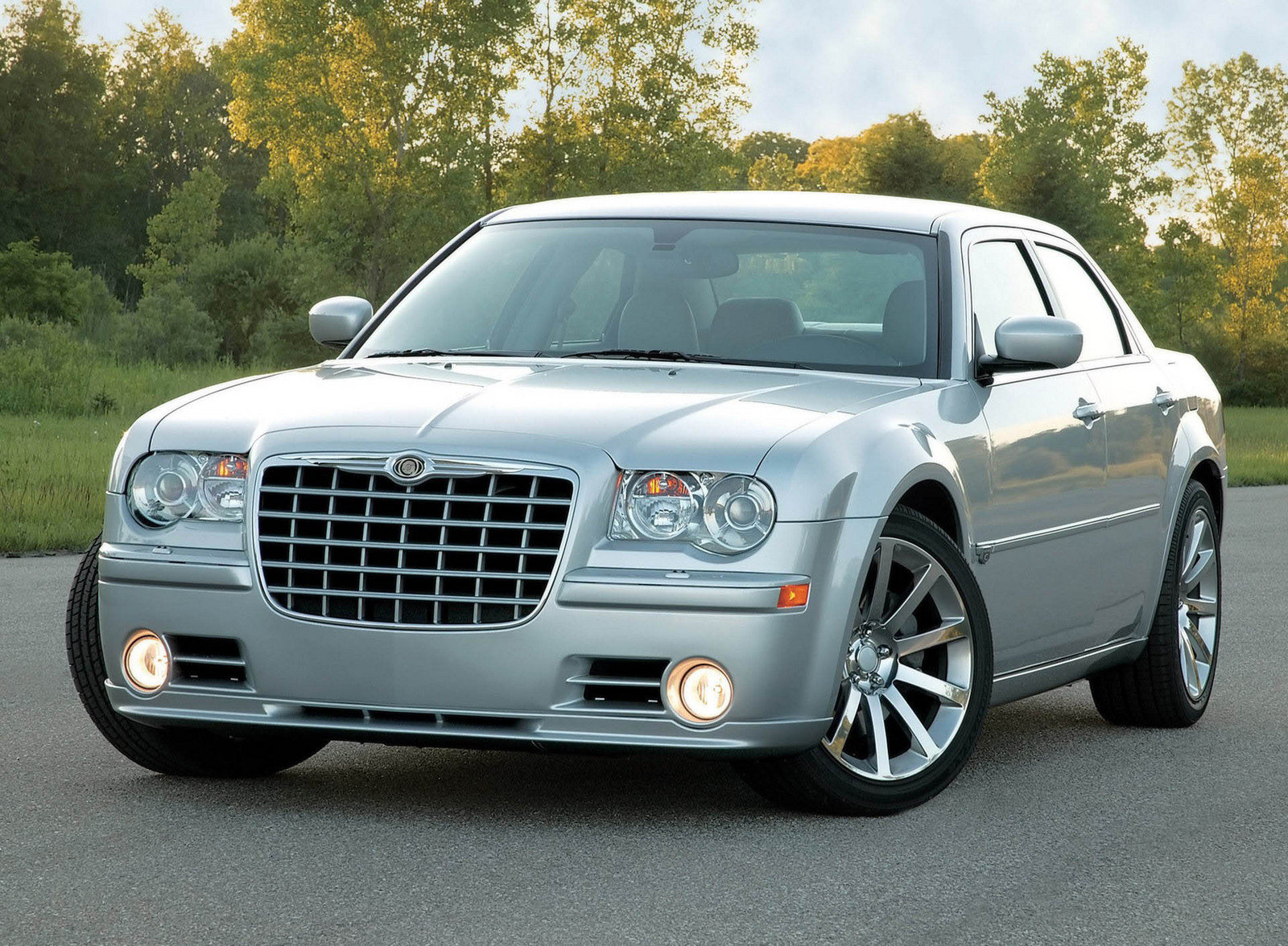 2005 chrysler 300c srt8 review top speed. Black Bedroom Furniture Sets. Home Design Ideas