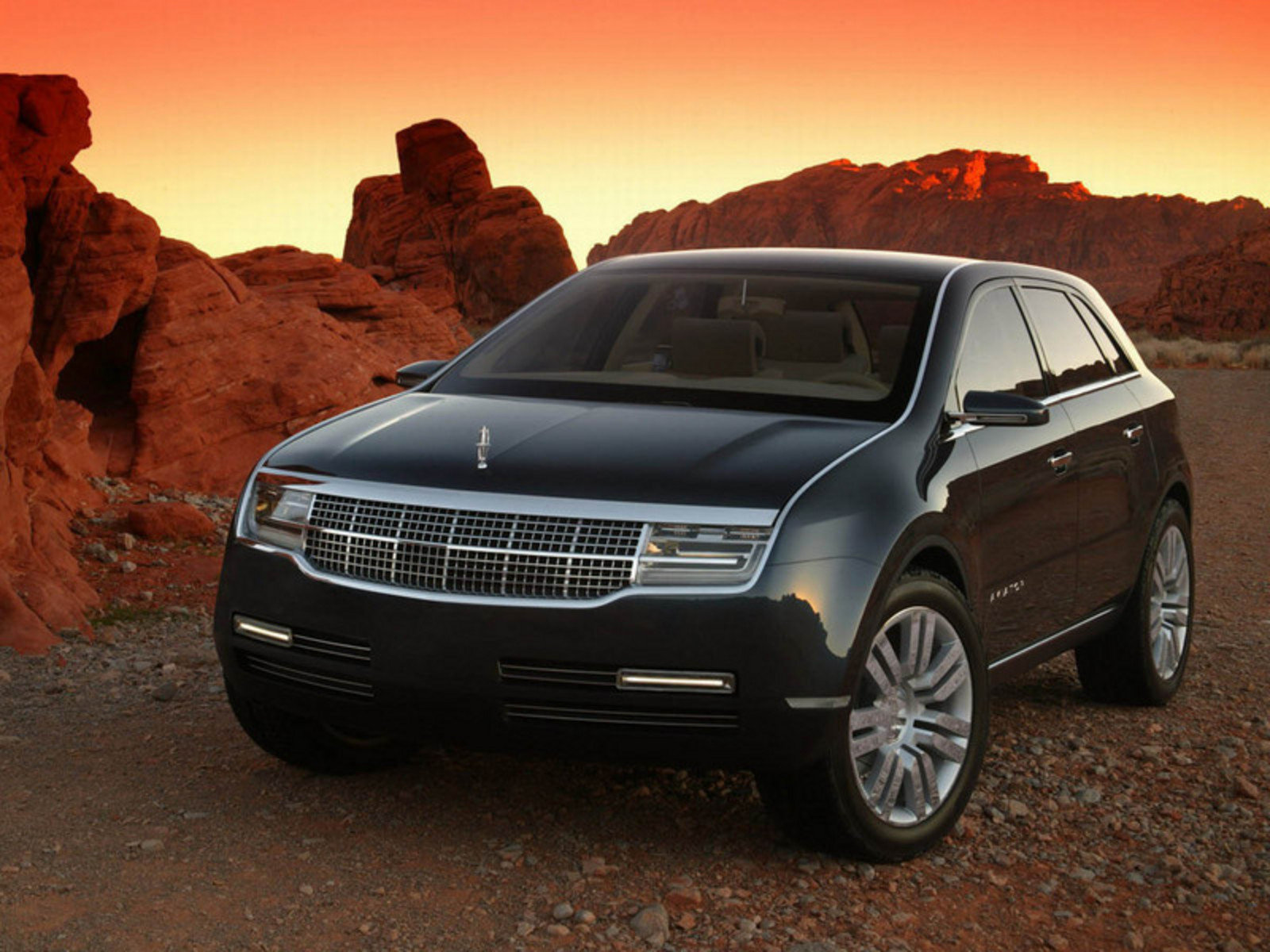 Lincoln Town Car 2017 >> 2005 Lincoln Aviator Review - Top Speed