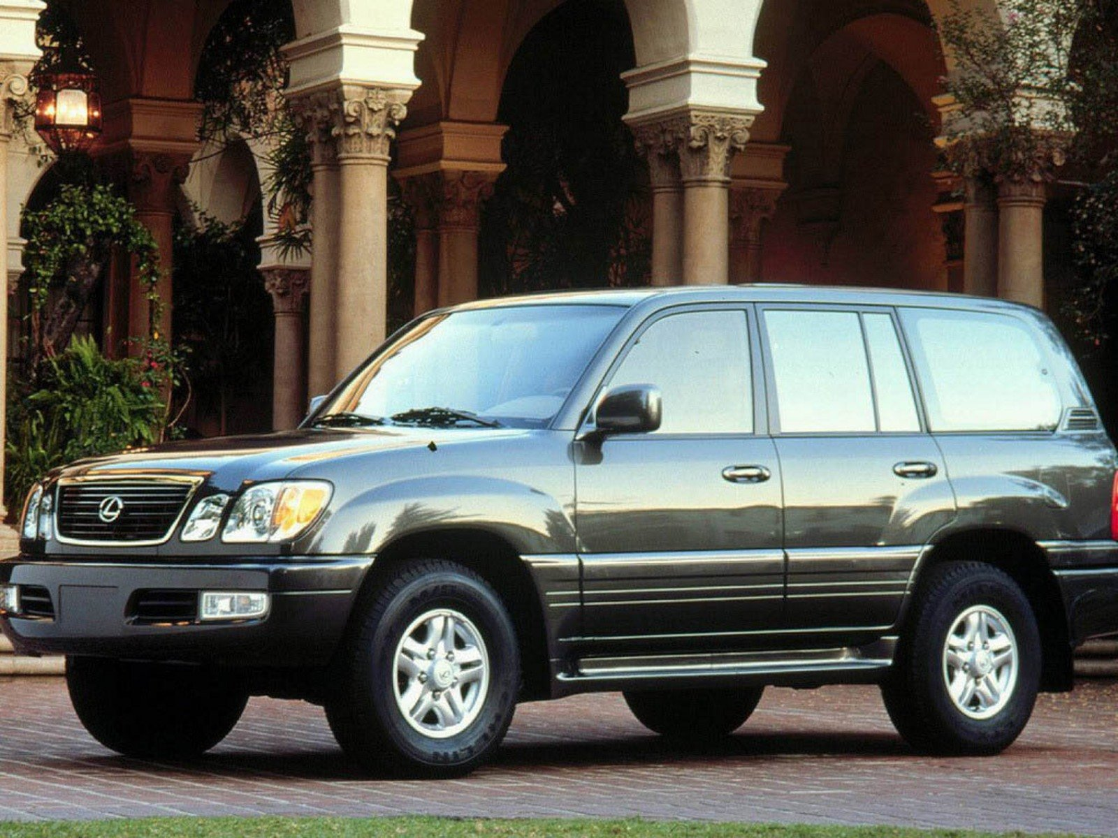 Tire Pressure Monitoring System >> 2006 Lexus Lx 470 Review - Top Speed
