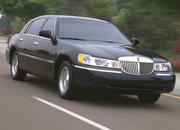 2006 Lincoln Town Car - image 8502