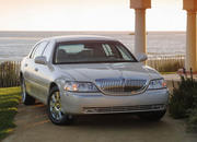 2006 Lincoln Town Car - image 8488