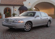 2006 Lincoln Town Car - image 8492
