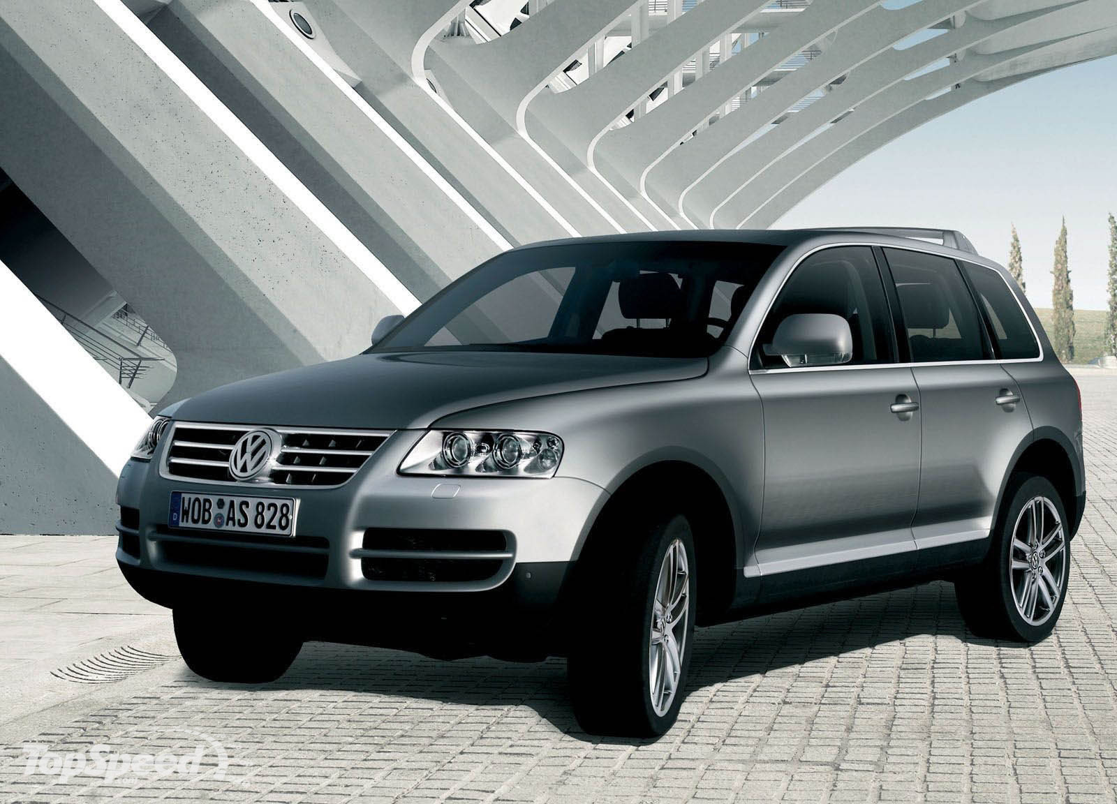 volkswagen touareg picture  car review  top speed